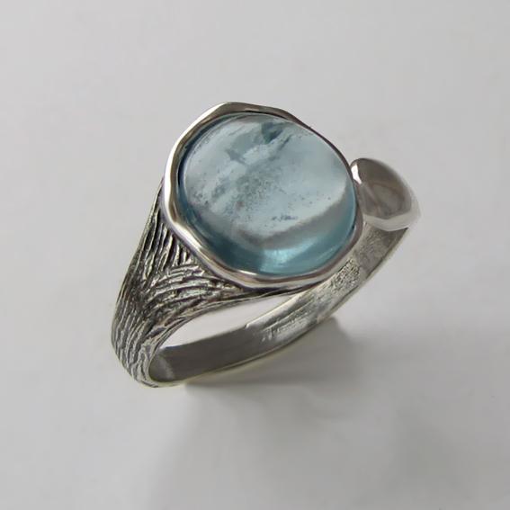 Кольцо серебряное с аквамарином, арт. ЧОВ3