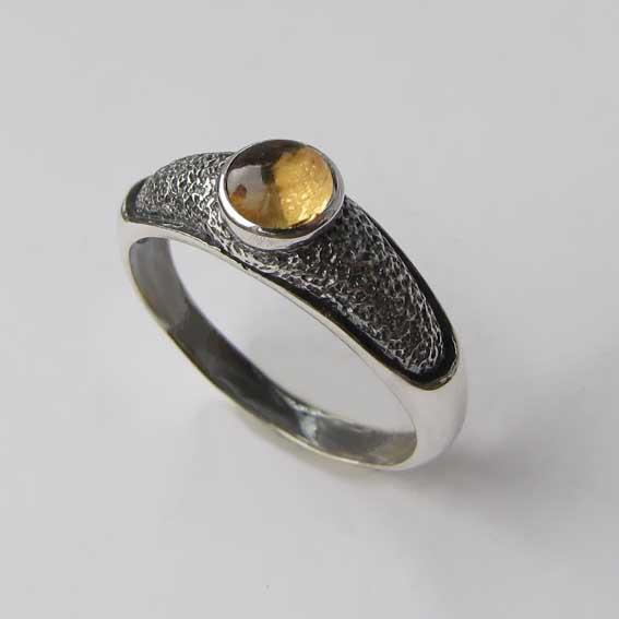 Кольцо из серебра с цитрином, арт. ПФ35