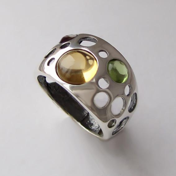 Кольцо с цитрином, хризолитом, раухтопазом НЛ3