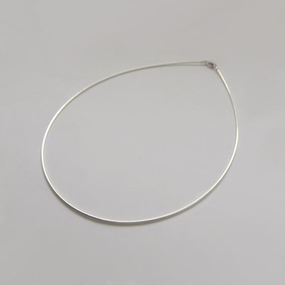 Струна серебряная, 40 см., толщина-1.2 мм.