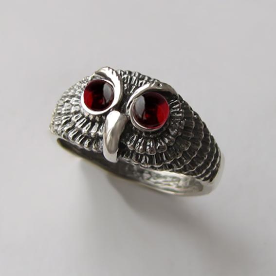Кольцо из серебра с гранатом, арт. ФИЛ3М