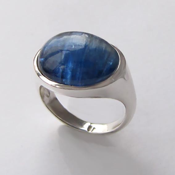 Серебряное кольцо с кианитом, арт.КОВ312Х