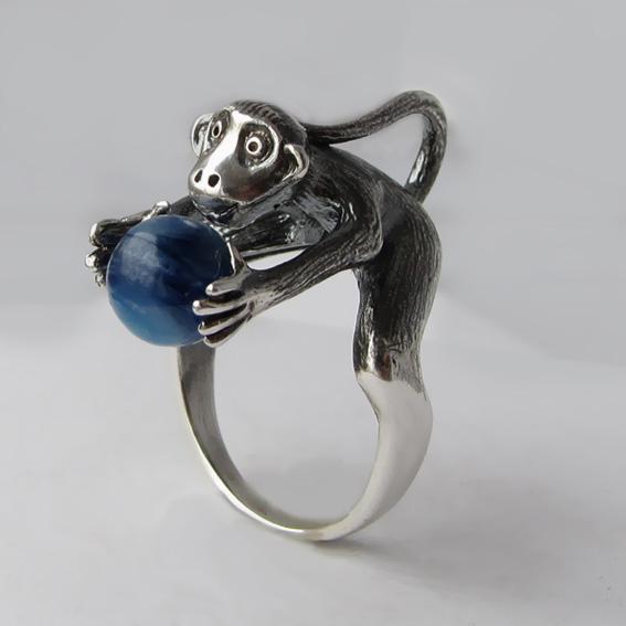 Кольца с животными с камнями