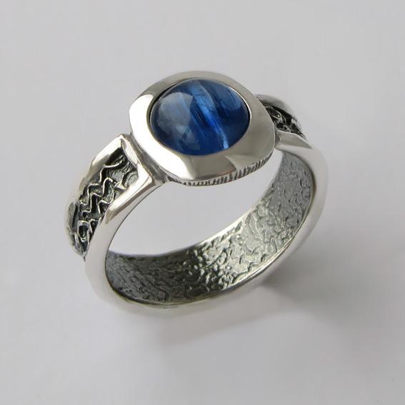 Кольцо с кианитом, арт.ИЕ3Х