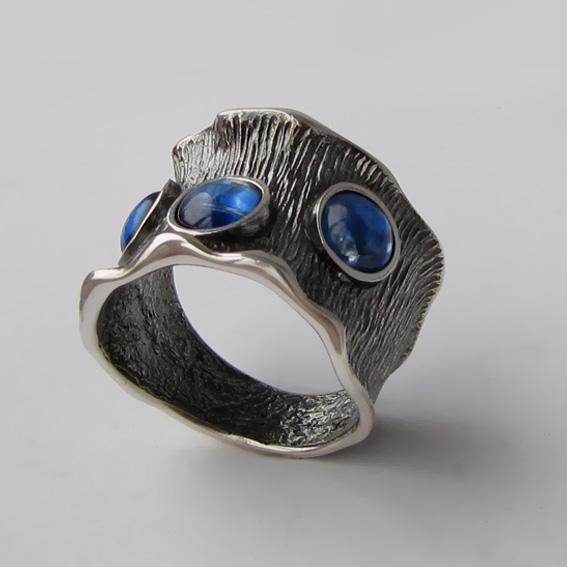 Кольцо с кианитом, арт.ВОЛ36