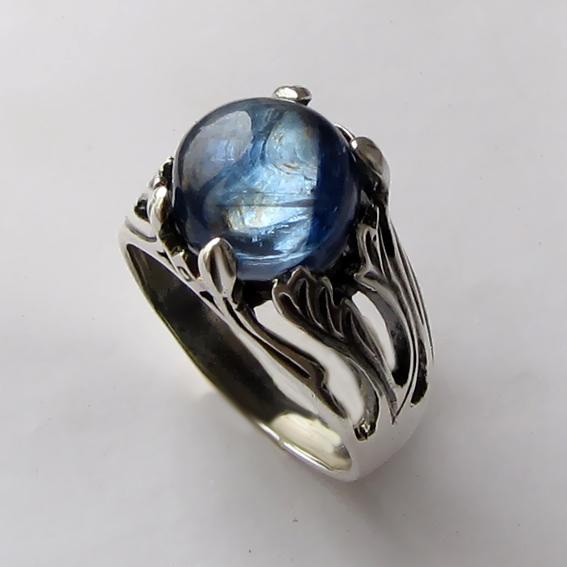 Кольцо с кианитом, арт. ЛИА311