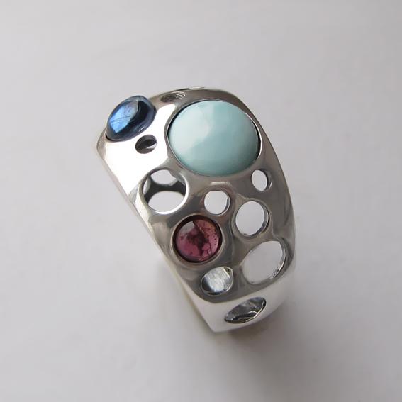 Кольцо с ларимаром, кианитом, гранатом, арт. НЛ3