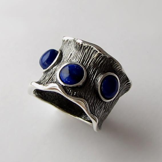 Кольцо серебряное с лазуритом, арт.ВОЛ326