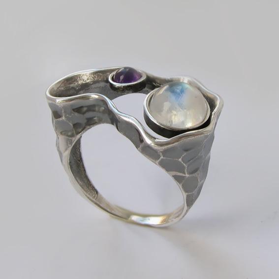 Кольцо с лунным камнем, аметистом, арт.2СДН3