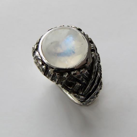 Кольцо с лунным камнем, арт. ЭТ3
