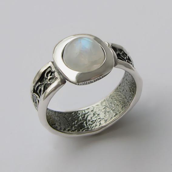 Кольцо с лунным камнем, арт. ИЕ3