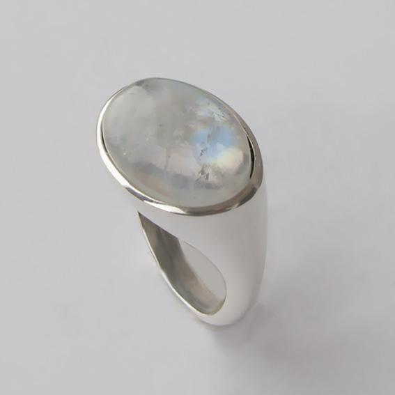 Кольцо с лунным камнем, арт. КОВ312