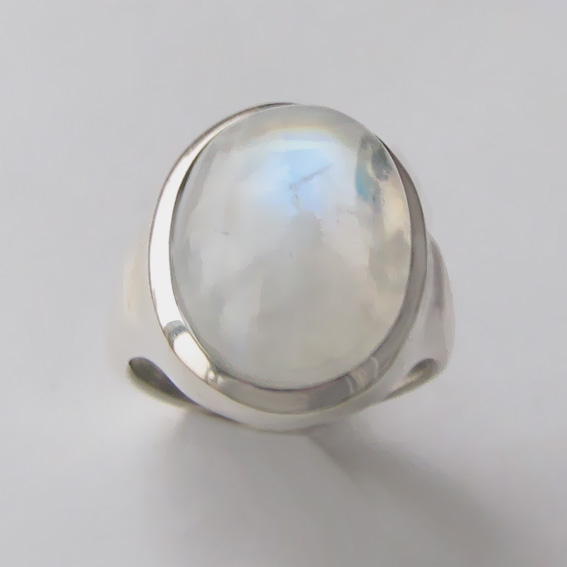 Кольцо с лунным камнем, арт. ОВН315