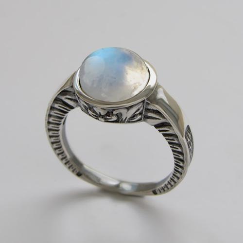 Кольцо с лунным камнем, арт. СКИФ3