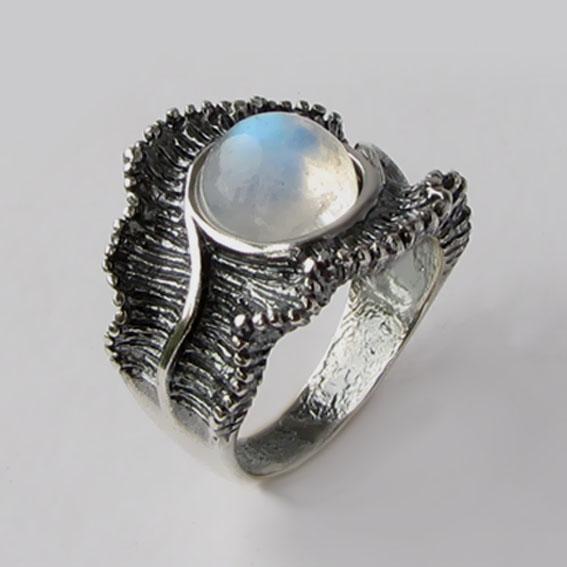 Кольцо с лунным камнем, арт. ВОЛ32