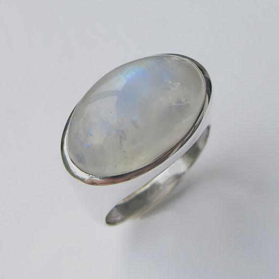 Кольцо с лунным камнем, арт. ВОВ313