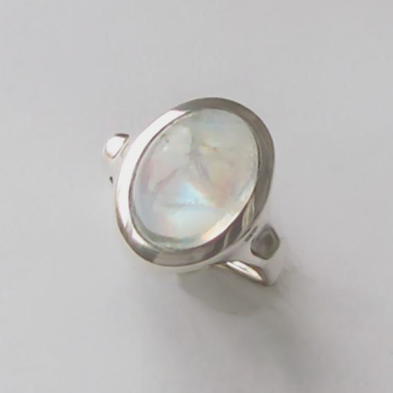 Кольцо с лунным камнем, арт. ЗЕ310