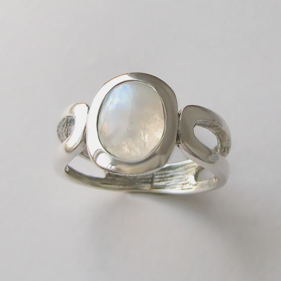 Кольцо с лунным камнем, арт. ЛСПОВ3