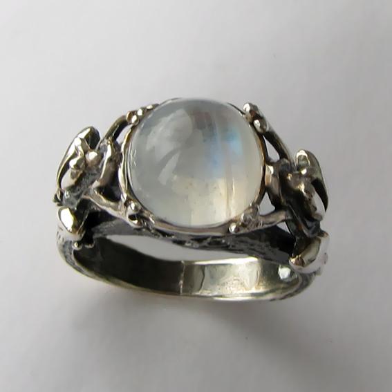 Кольцо с лунным камнем, арт. ЛЯ3