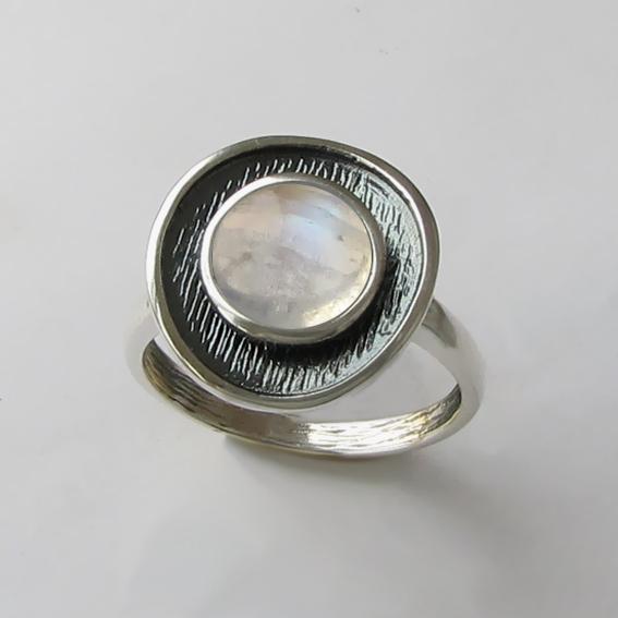 Кольцо с лунным камнем, арт. МСБ3