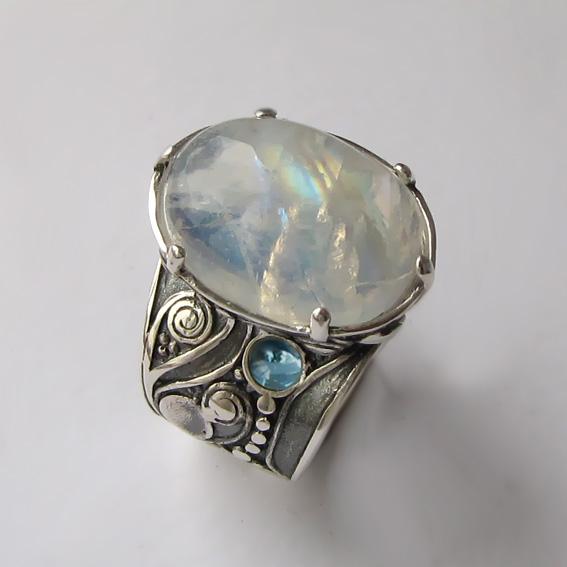 Кольцо с лунным камнем, топазом ПЕОР3