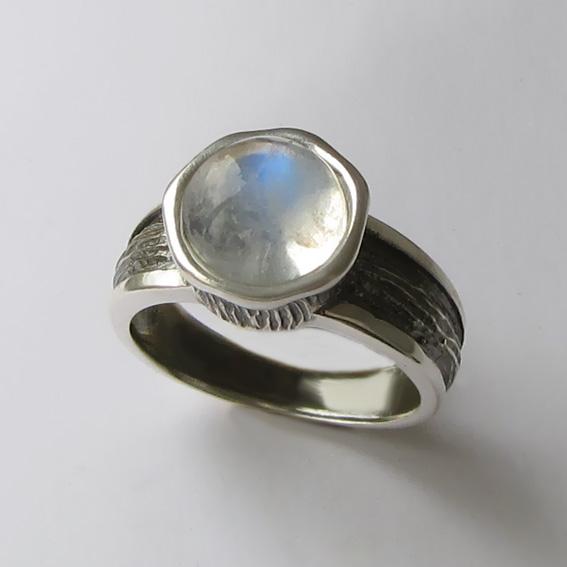 Кольцо с лунным камнем, арт. ПФ39