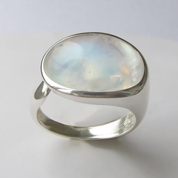 Кольцо с лунным камнем, арт. ВОВБ313