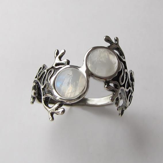 Кольцо с лунным камнем, арт. ЯЩ3