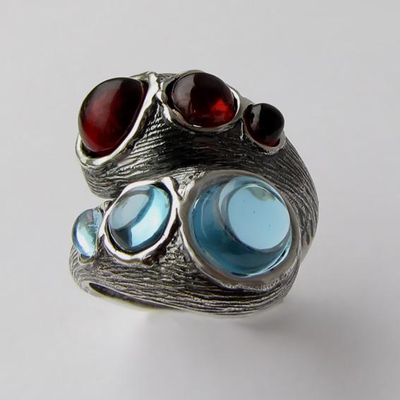 Серебряное кольцо гранатом, топазом, арт.2ЛА3