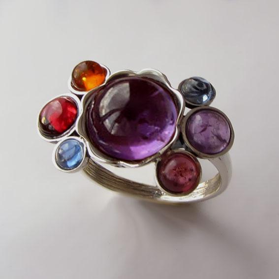 Кольцо с аметистом, кианитом, аметистом, арт. 7К3