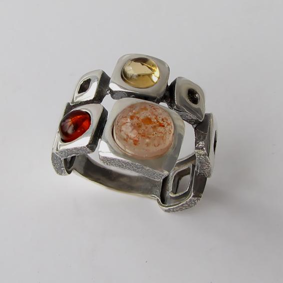 Кольцо с солнечным камнем, цитрином, янтарем, арт. 8КВ3