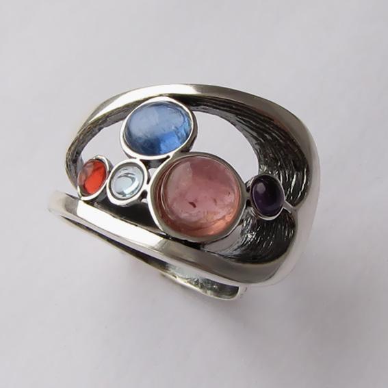Кольцо с турмалином, кианитом, арт.НЛН37