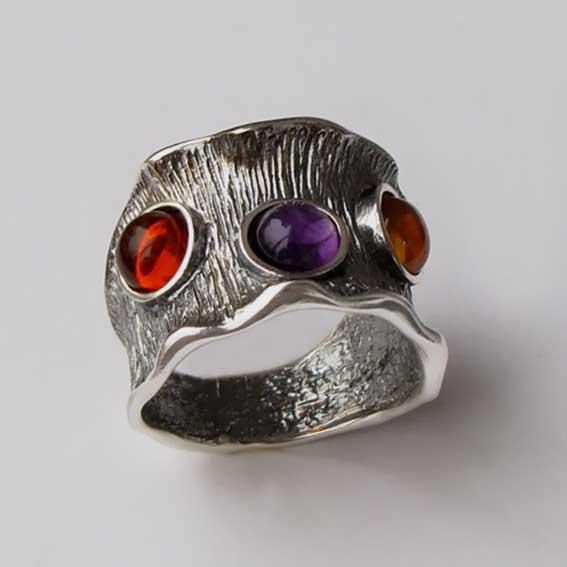 Кольцо с аметистом, янтарем, арт.ВОЛ36