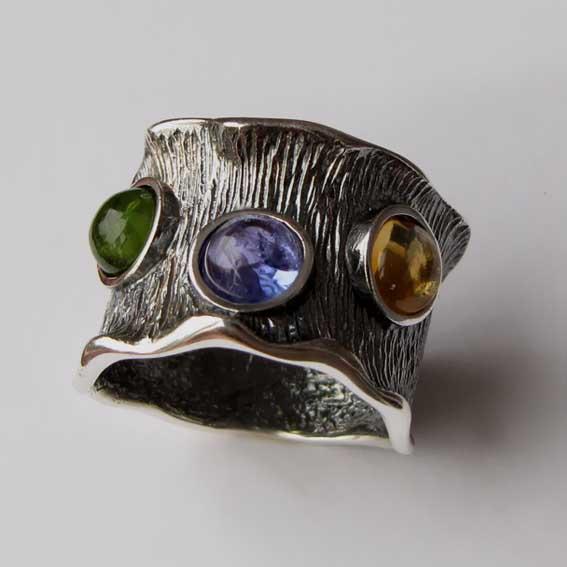 Кольцо с кианитом, хризолитом, цитрином, арт.ВОЛ36