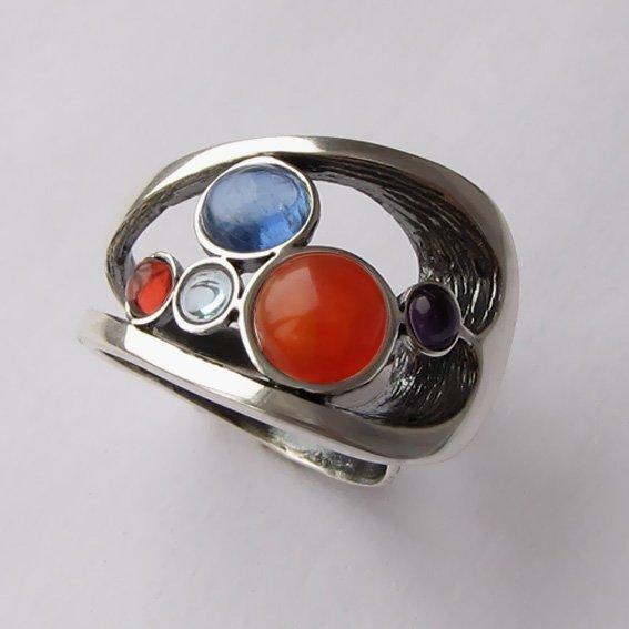 Кольцо с сердоликом, кианитом, арт. НЛН37