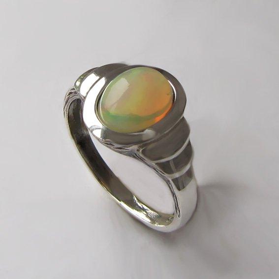 Кольцо с опалом, арт. ОВН37