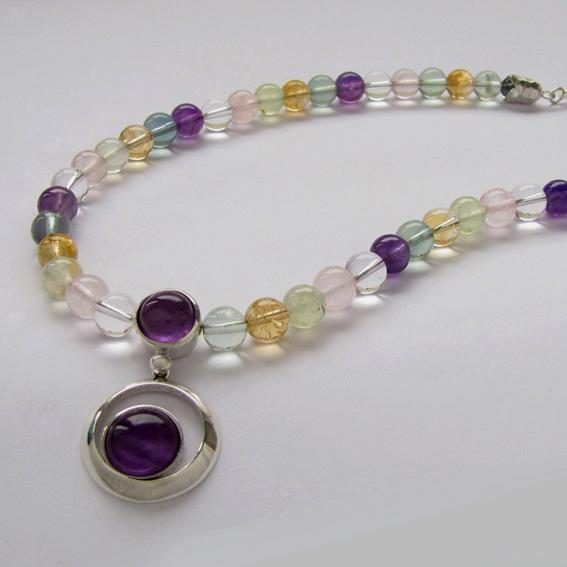 Ожерелье КК10 с аметистом, кварцем, пренитом, цитрином