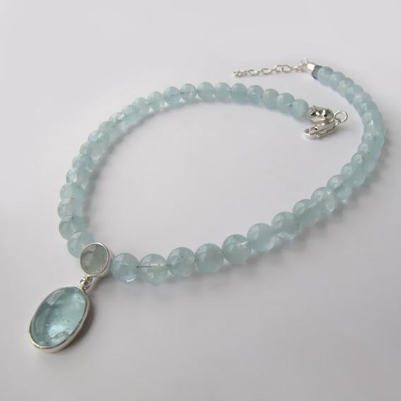Ожерелье ОВ1012 аквамарином