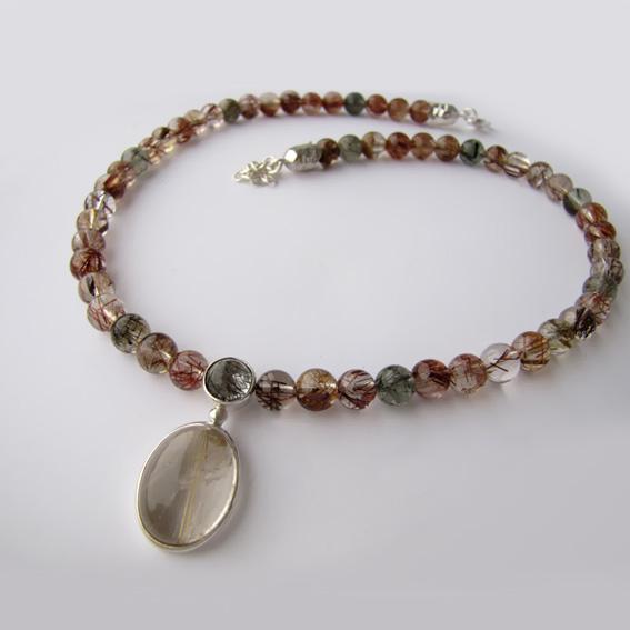 Ожерелье ОВ1015 с кварцем-волосатиком микс