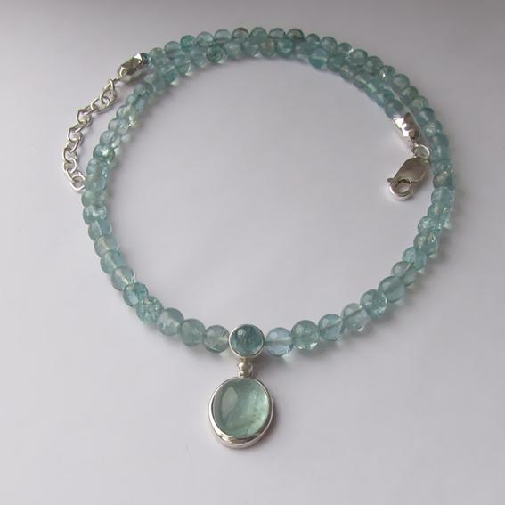 Ожерелье с аквамарином, арт. ОВ10