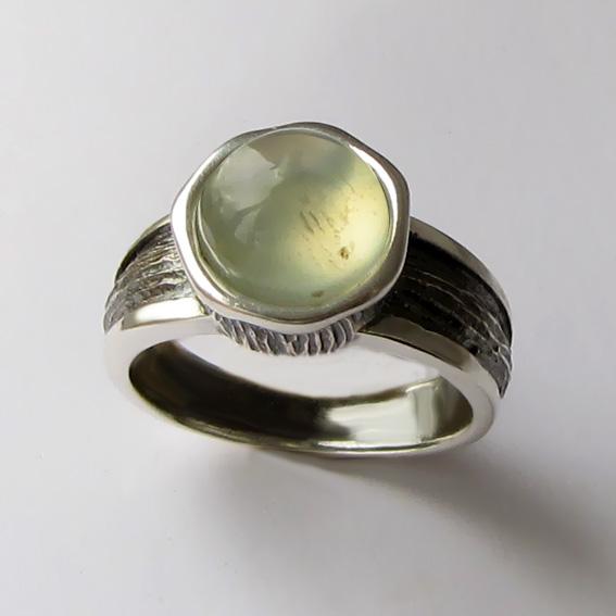 Кольцо с пренитом, арт. ПФ39