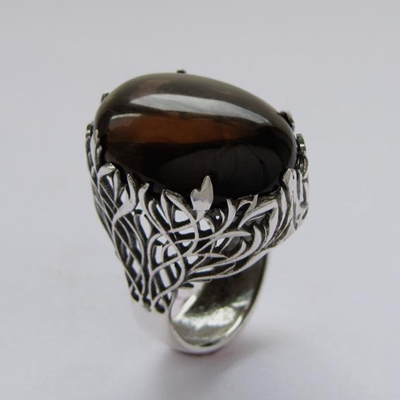 Кольцо серебряное ЛИ318 с раухтопазом