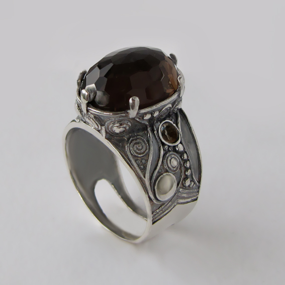 Кольцо с раухтопазом, арт.ПЕОР312Г