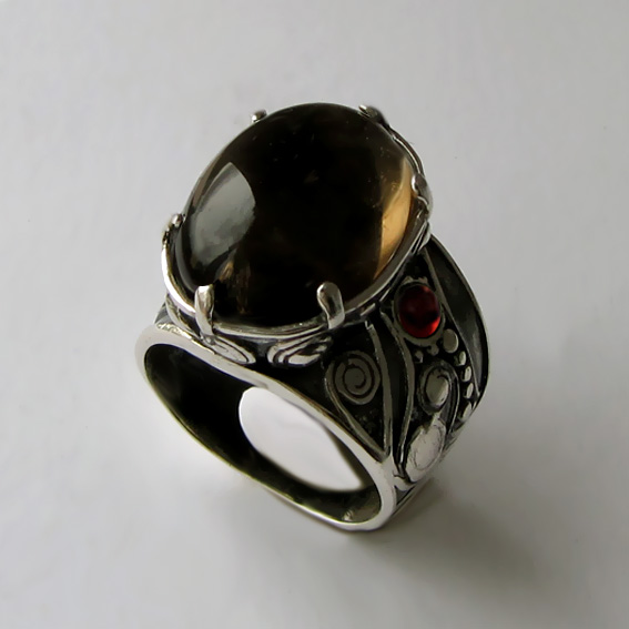 Кольцо с раухтопазом, гранатом ПЕОР312