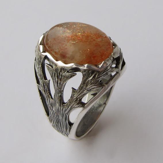 Кольцо с кварцем с включениями гематита, арт.ЛИН312