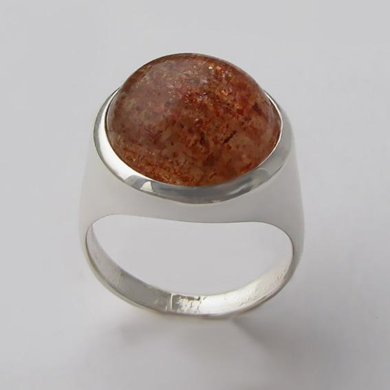 Кольцо с кварцем с включениями гематита, арт.НКН315