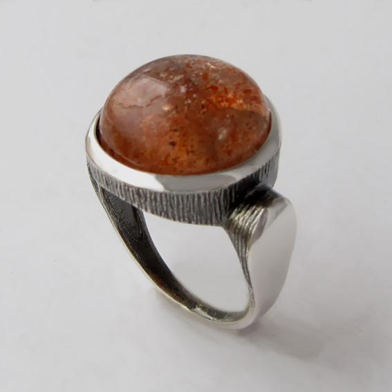 Кольцо с солнечным камнем, арт.ЗЕК315Ч