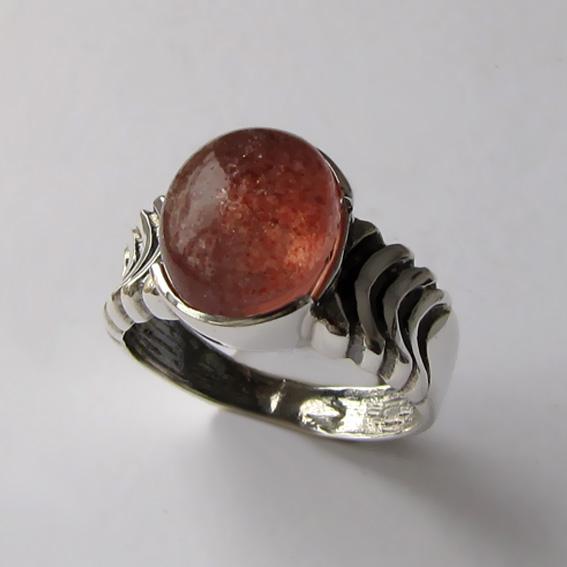Кольцо с кварцем с включениями гематита ЧЕШ3-2