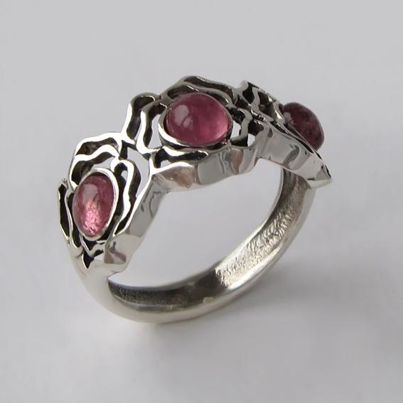 Кольцо с турмалином розовым, арт. 3ОР3