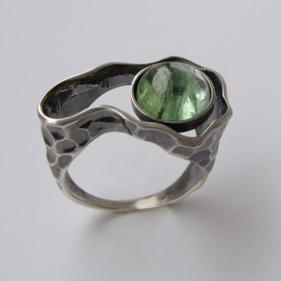 Кольцо с турмалином зеленым, арт. СДН3